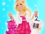 Barbie tiene que elegir entre un estilo femenino y un vestido de novia. En el primer nivel tendrás que crear un look femenino y elegir los vestidos, accesorios y zapatos. El nivel siguiente consigue el look perfecto para un día casual en la oficina, un paseo por el parque o de compras, finalmente elige el peinado perfecto para que coincida con este estilo.