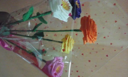 Membuat Mawar dari Kertas Krep - Diary Guru e08e3a1b3b