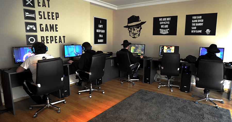 Gaming House 3