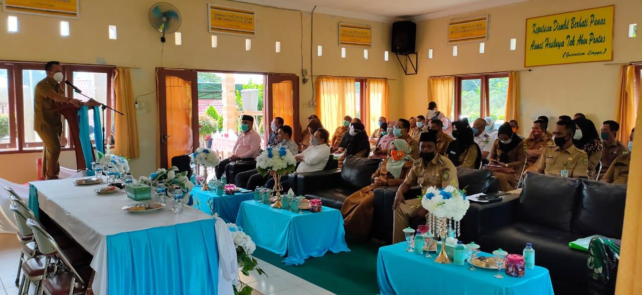 Hadiri Musrenbang di Kecamatan Singkep Barat, Plt Bupati Lingga : Pembangunan Harus Berjalan Dan Bernamfaat Bagi Masyarakat
