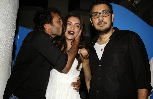 Finding Fanny Fernandes Completion Bash
