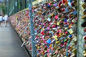 Ribuan Gembok Cinta