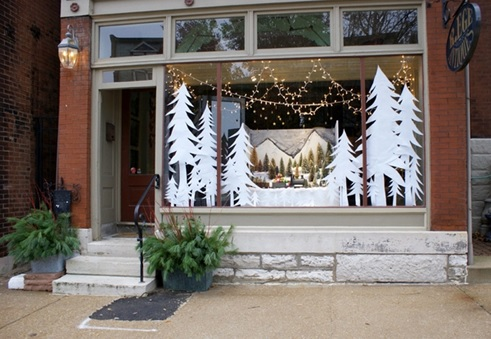 how to decorated Christmas windows