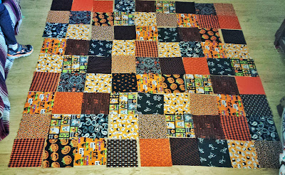 halloween orange and black rag quilt layout, autumn fall blankey, handmade by refabulous
