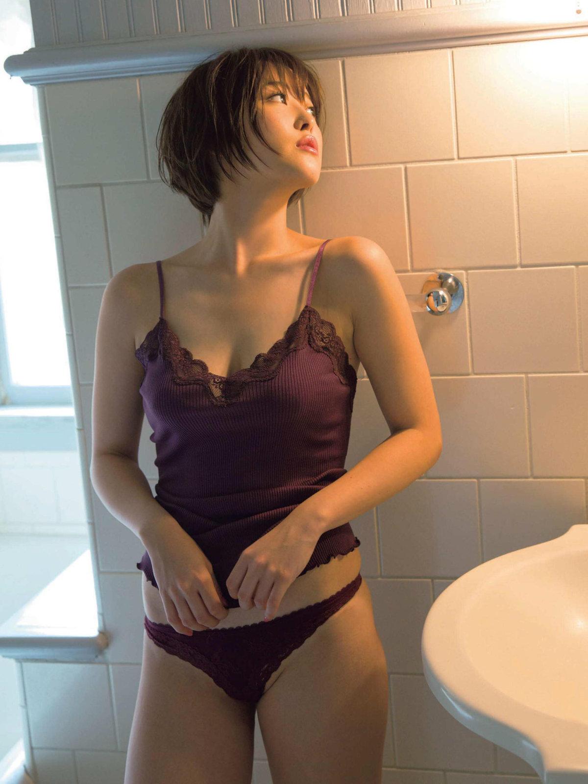 Sara Oshino 忍野さら, FRIDAY 2017.09.29 (フライデー 2017年09月29日号)