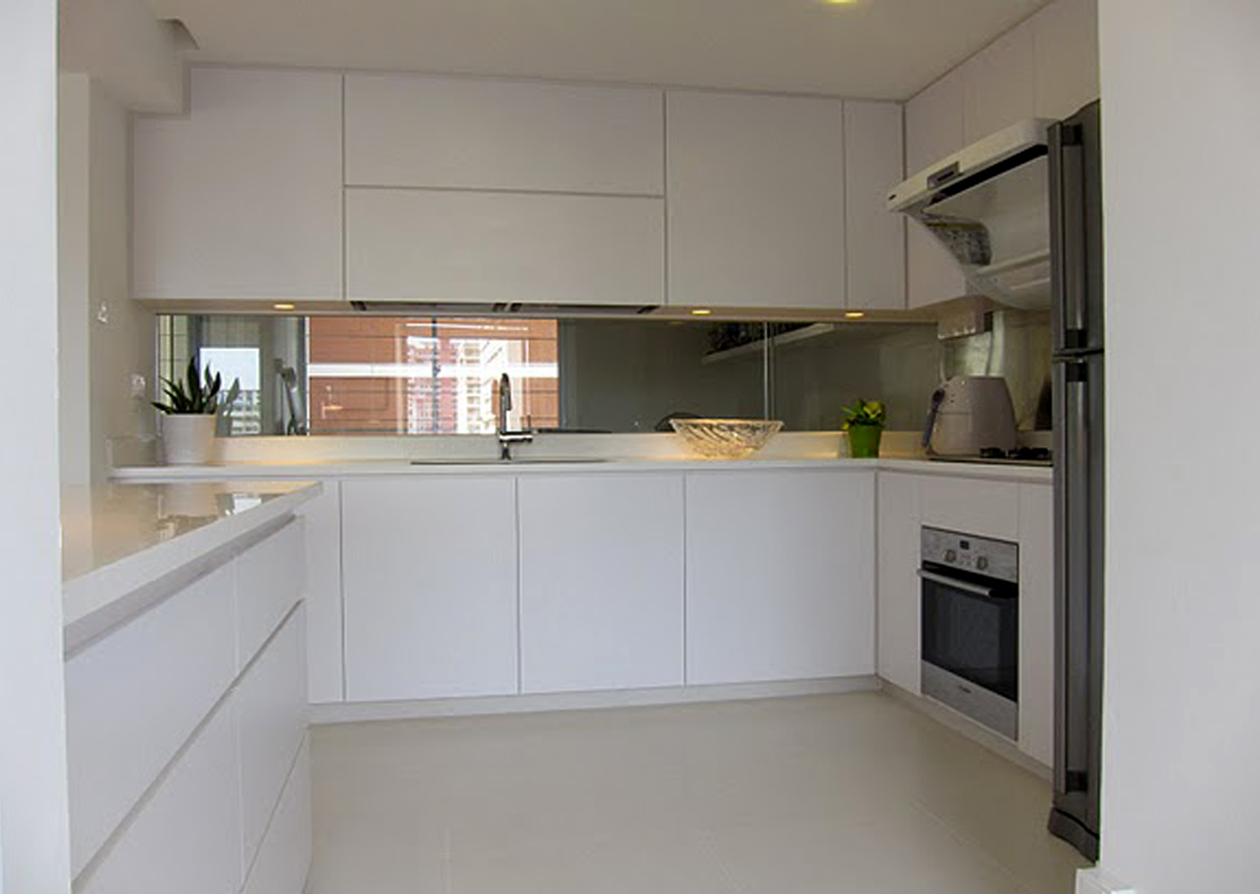 Jasa Pembuatan Furniture Custom Kitchen Set Wardrobe Di