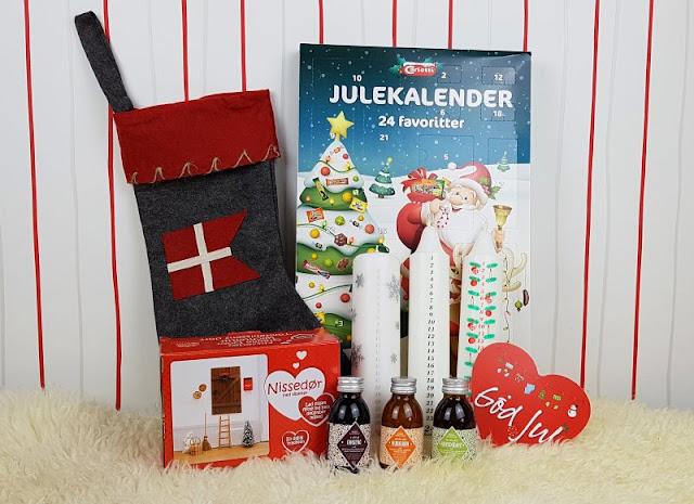 (Werbung) Unsere drei dänischen Adventskalender (+ Verlosung). Auf Küstenkidsunterwegs stelle ich Euch zauberhafte dänische Adventskalender, traditionelle Adventskalenderkerzen und die dänische Wichteltür vor, die wie ein Adventskalender funktioniert! Für eine hyggelige Adventszeit, die besonders die Kinder, aber auch alle anderen in der Familie lieben!