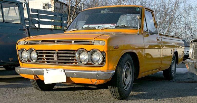 شاحنة Toyota Hilux طراز قديم