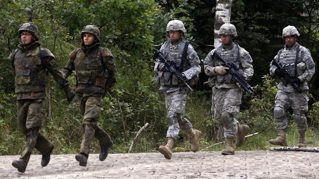 EE.UU. amenaza con retirar sus soldados de Alemania si Berlín no aumenta el gasto militar