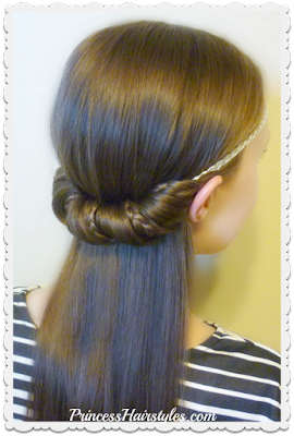 Quick and easy half up hairstyle using a headband