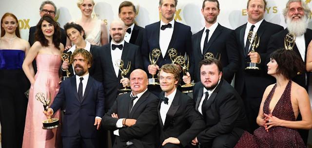 Distribuţia din Urzeala tronurilor la cea de-a 67-a ediție a ceremoniei premiilor Emmy