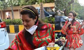 कोरोना के आतंक के बीच रश्मि देसाई ने मुंबई की सड़कों पर सब्जियां खरीदीं, देखें तस्वीरें