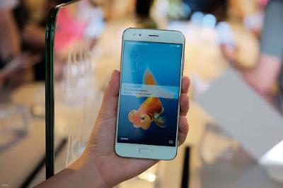 Ấn tượng khi được cầm trên tay ZenFone 4 cao cấp - 203335