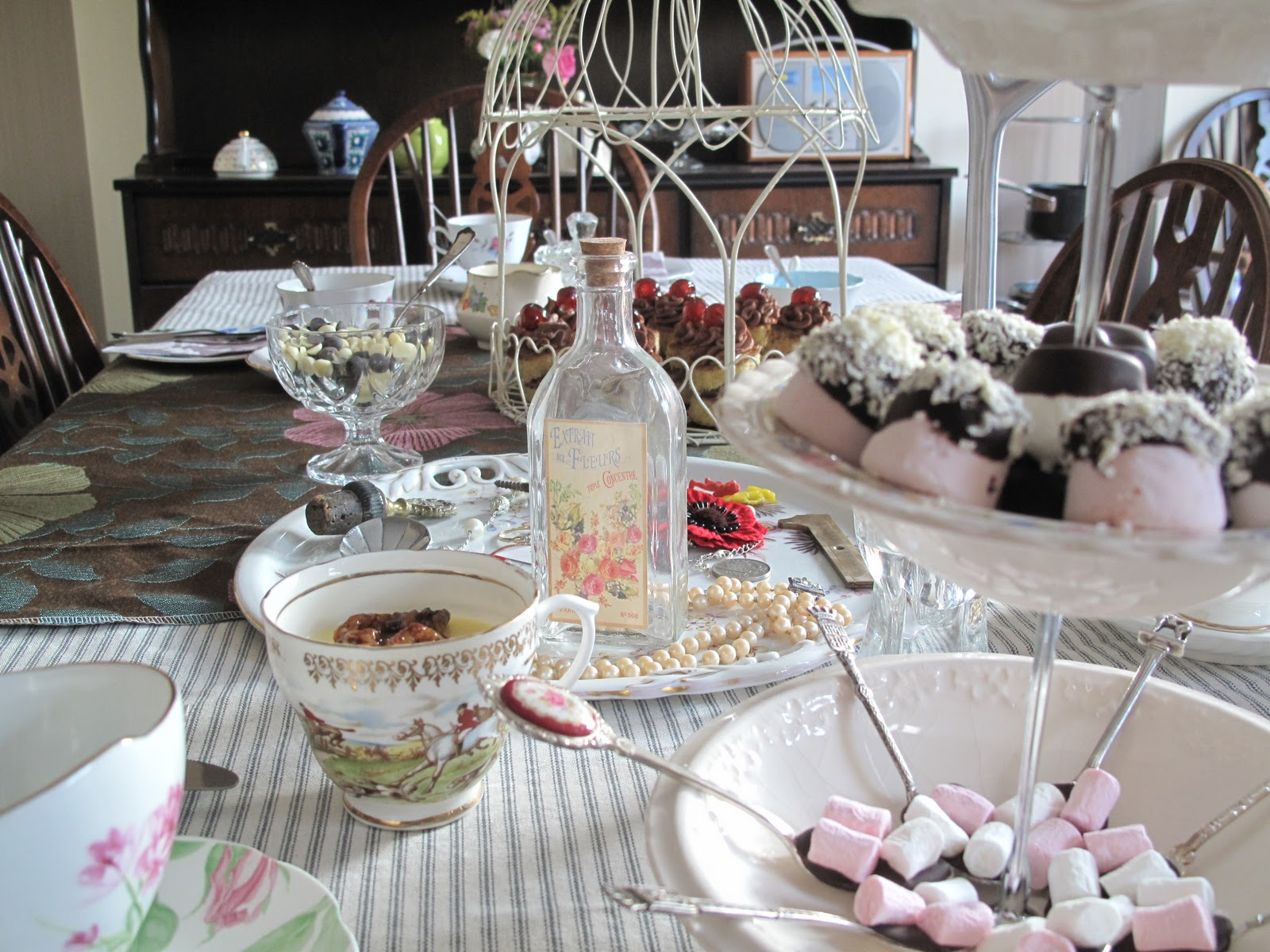 I Also Took Some More Inspiration From The Vintage Tea Party Book And Offered A Table Setting In Form Of Fun Parlour Something Which Angel