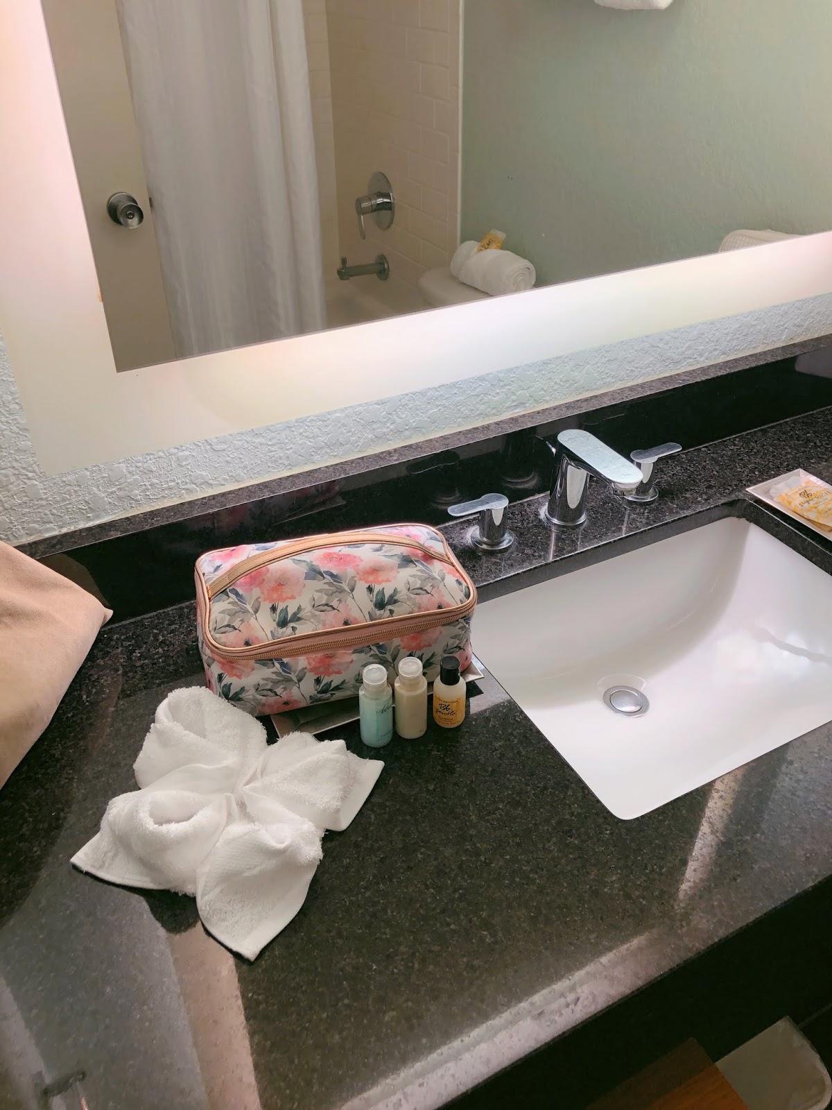 Hotel Review: Wyndham Orlando Resort International Drive.