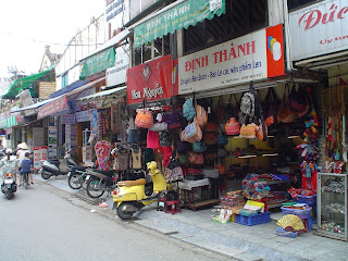 Shopping on Markets in Vietnam