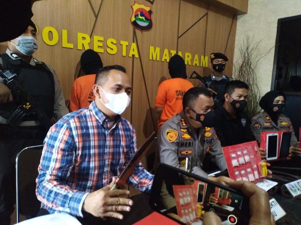Terduga Memiliki Narkotika jenis Sabu, 1 Laki-laki dan 1 Perempuan Diamankan Resnarkoba Polresta Mataram