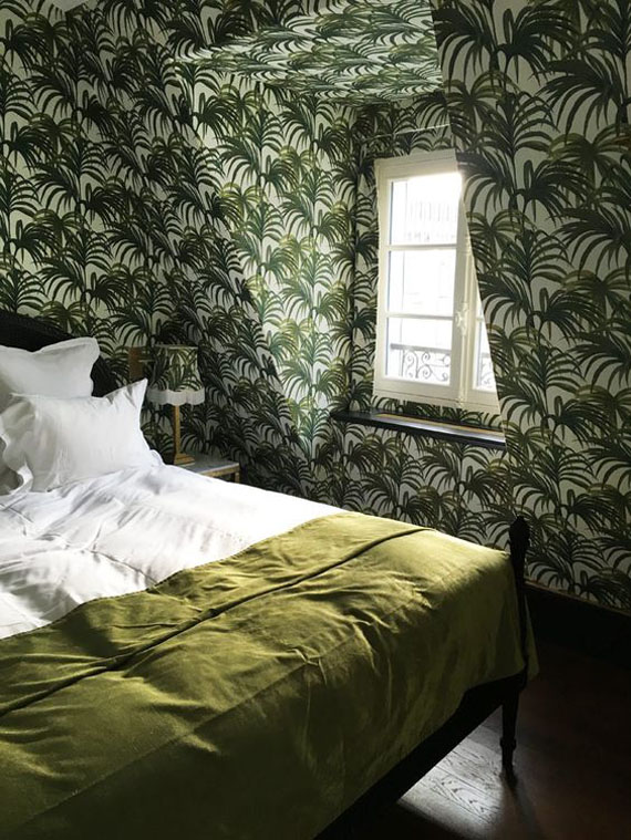 preen palm leaves wallpaper in the attic bedroom