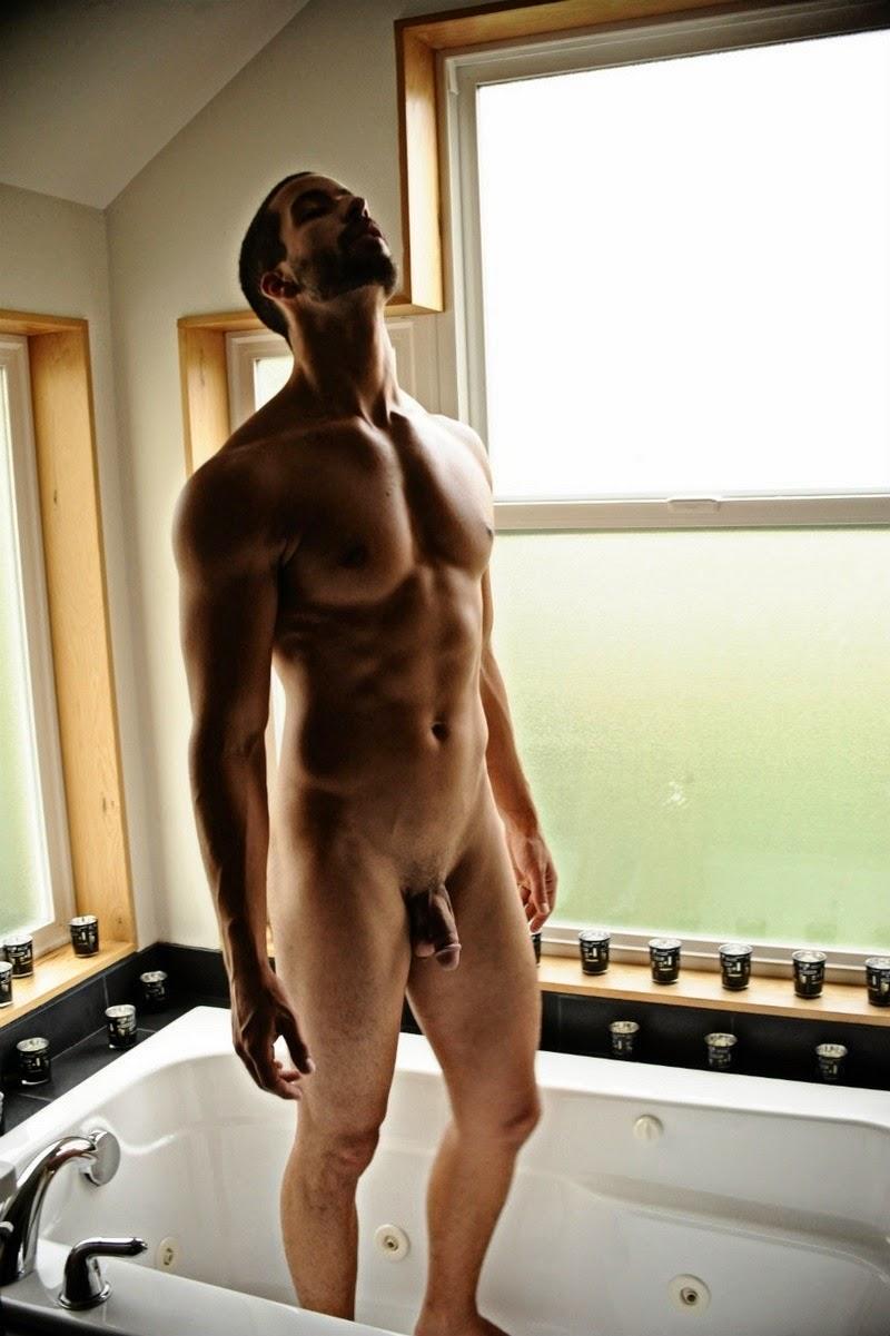 Nude bathing man — photo 5