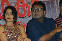 Saravanan Irukka Bayamaen Movie Success Meet Stills .COM 0075.jpg