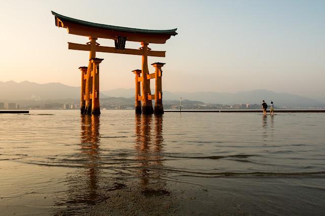 Japonsko, cestování, Hirošima, Japan, Hiroshima, Miayjima, vodní brána, brána na vodě, Torii, Itsukushima,