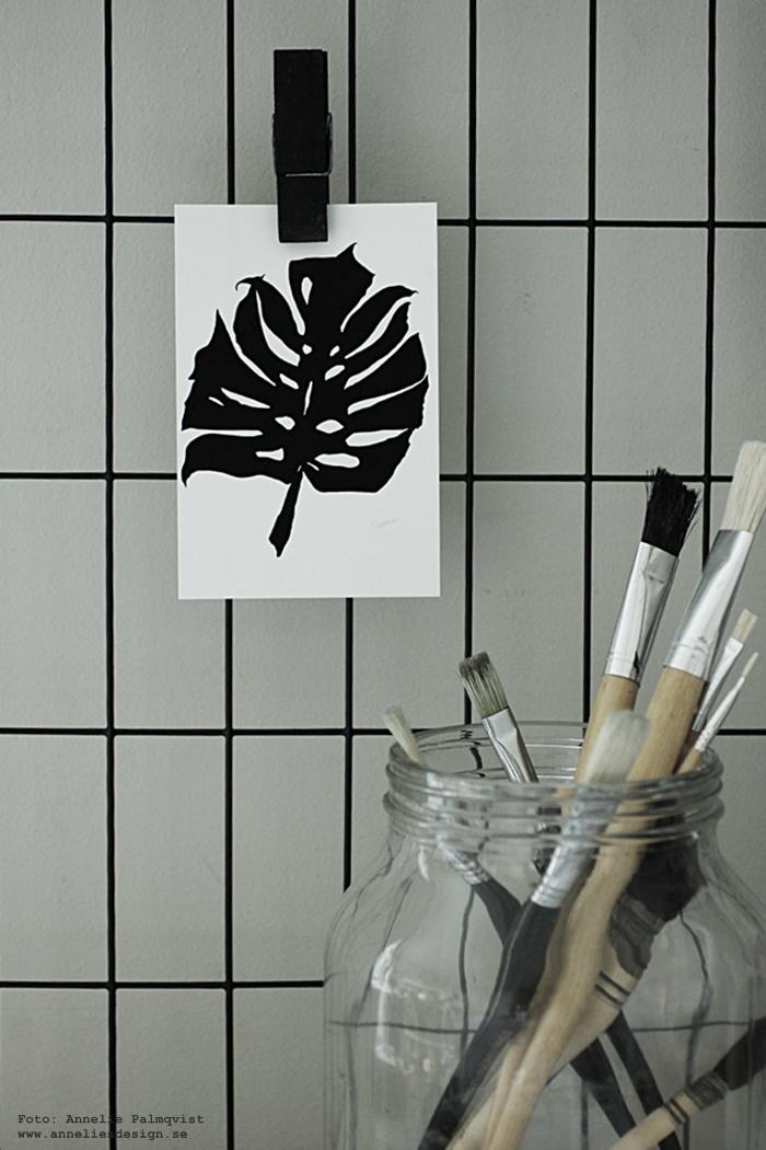 monstera, kort, vykort, poster, posters, print, prints, konsttryck, annelies design, galler, nät, hänga upp med clips, träklämma, träklämmor, svart, svarta, webbutik, nätbutik, nettbutikk, plakat, plakater, inredning, svart och vitt, svartvita tavlor,