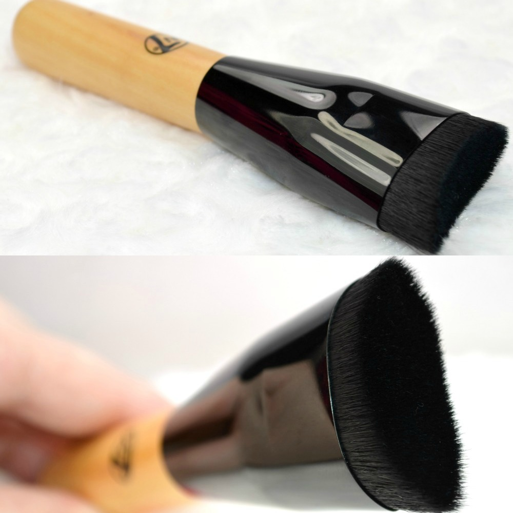 W7 Face Blender Brush | £4 Illamasqua Blush Up Brush Dupe..