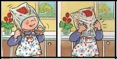 بنت تضع كيس برأسها