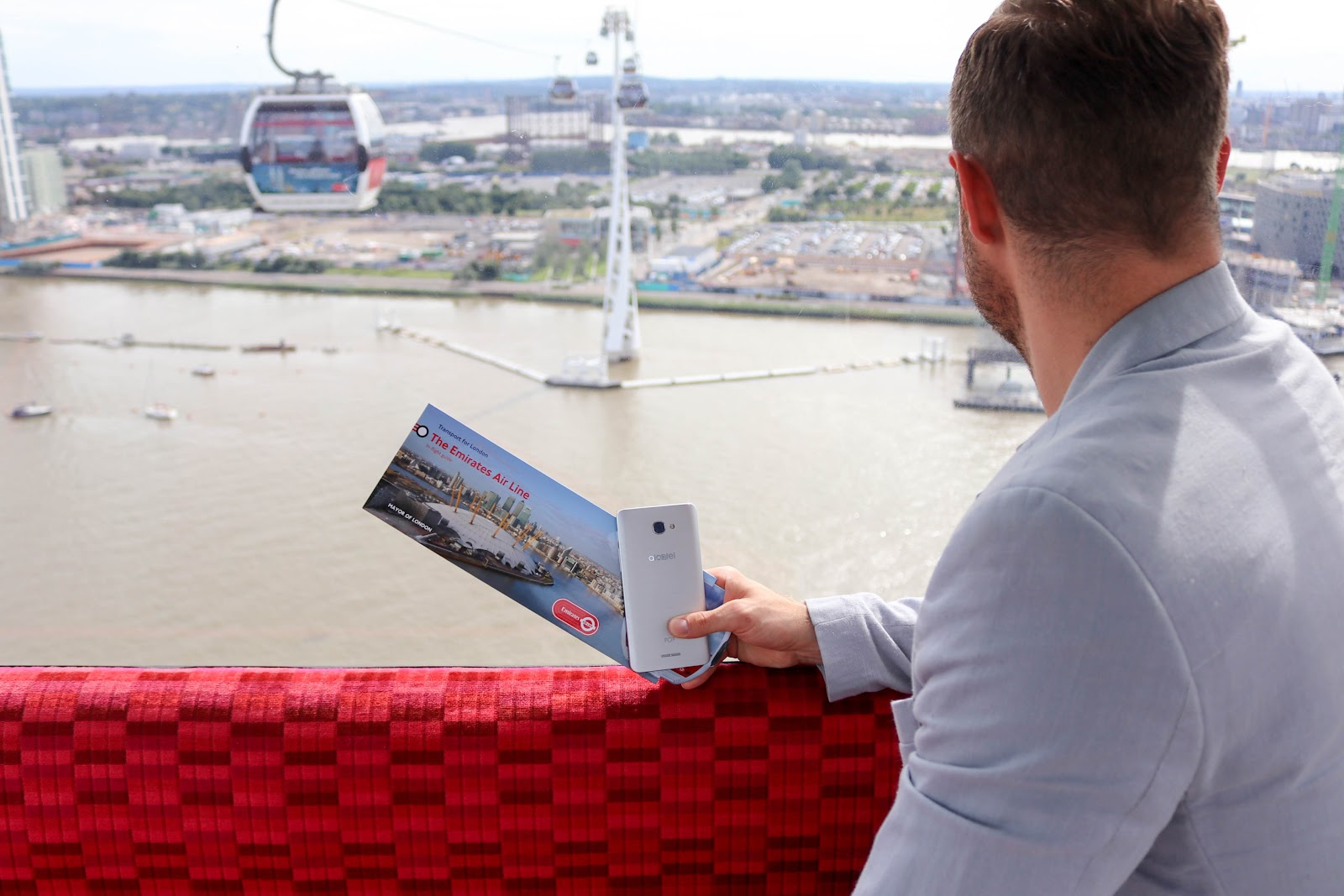 Alcatel POP 4 Emirates Air Line London