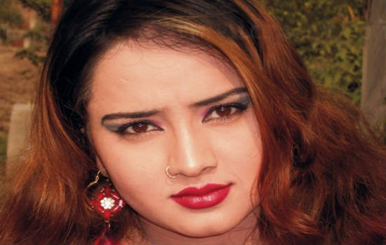 Nadia Gul Six: All Pashto Showbiz: The Best Pashto Actres Nadia Gull Hot