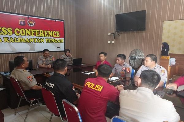 Personel Humas Polres Jajaran dan Operator PID Satker Mapolda Kalteng Mendapatkan Pelatihan SPIT