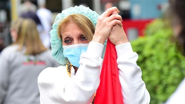 Doctors, nurses and workers demand government help over coronavirus pandemic as Italy prepares to ease lockdown