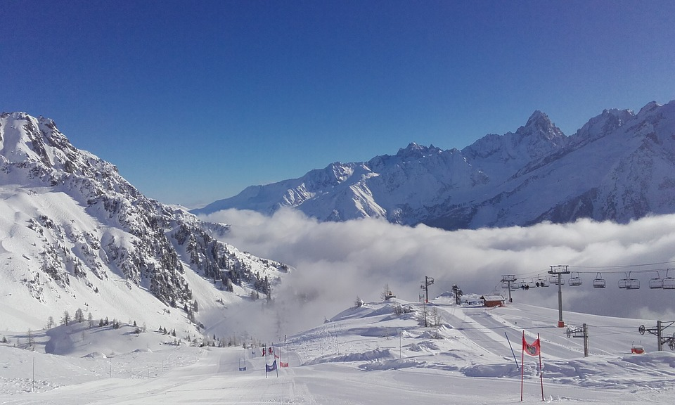 Austria or France for Skiing