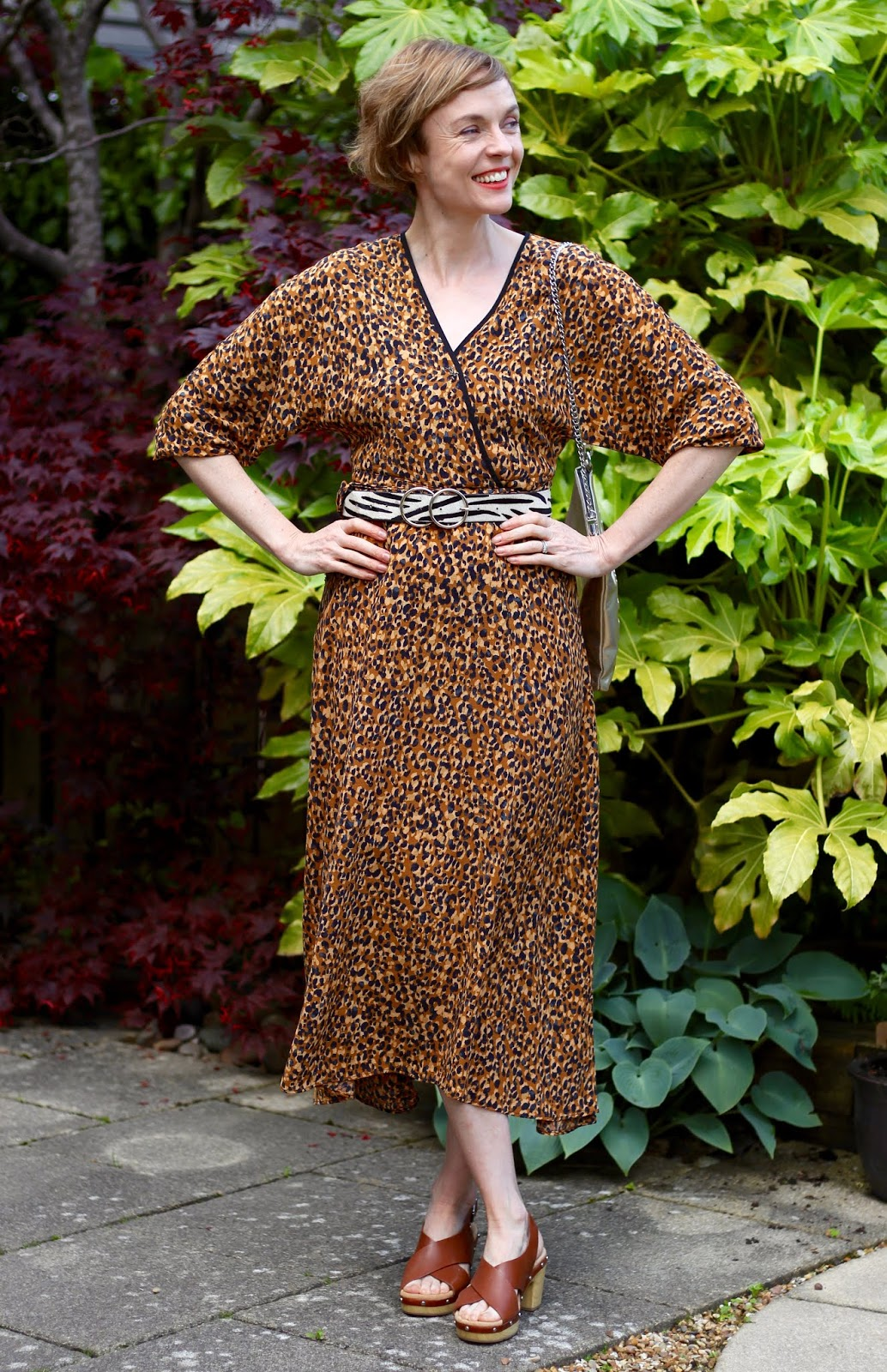 Leopard midi dress, zebra belt and tan sandals | Fake Fabulous