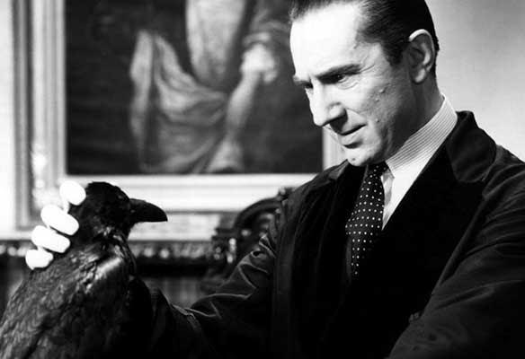 The Raven (El Cuervo), Bela Lugosi realiza una interpretación brillante.