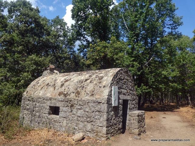 refugio majalavilla en el castañar de El Tiemblo