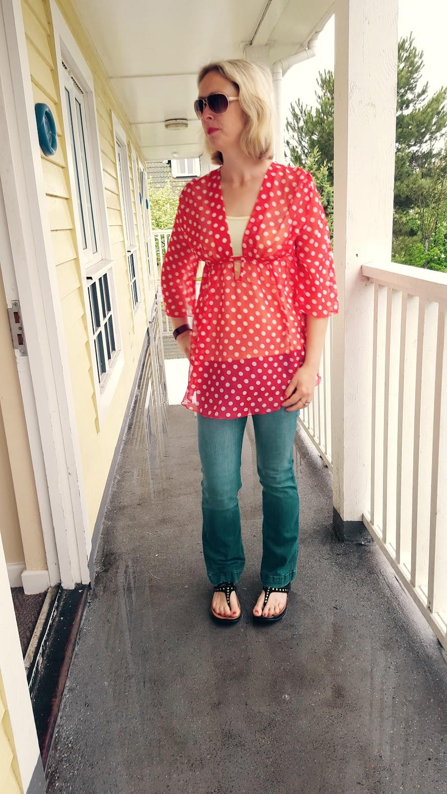 Polka Dots, Rain, Sunglasses: Make A Great Holiday Then!