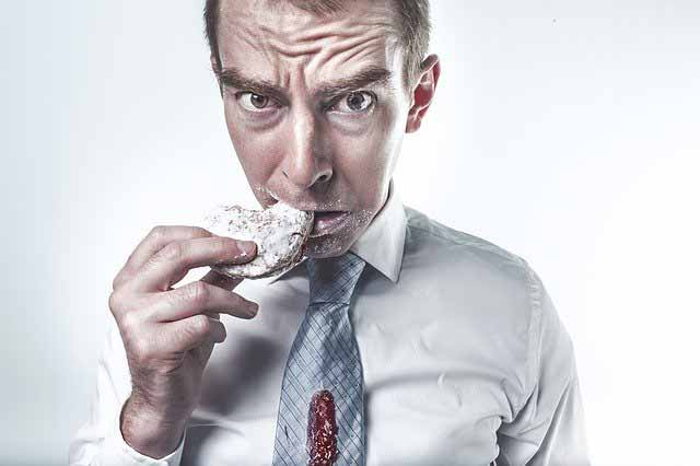 تناول الطعام دون الشعور بالجوع