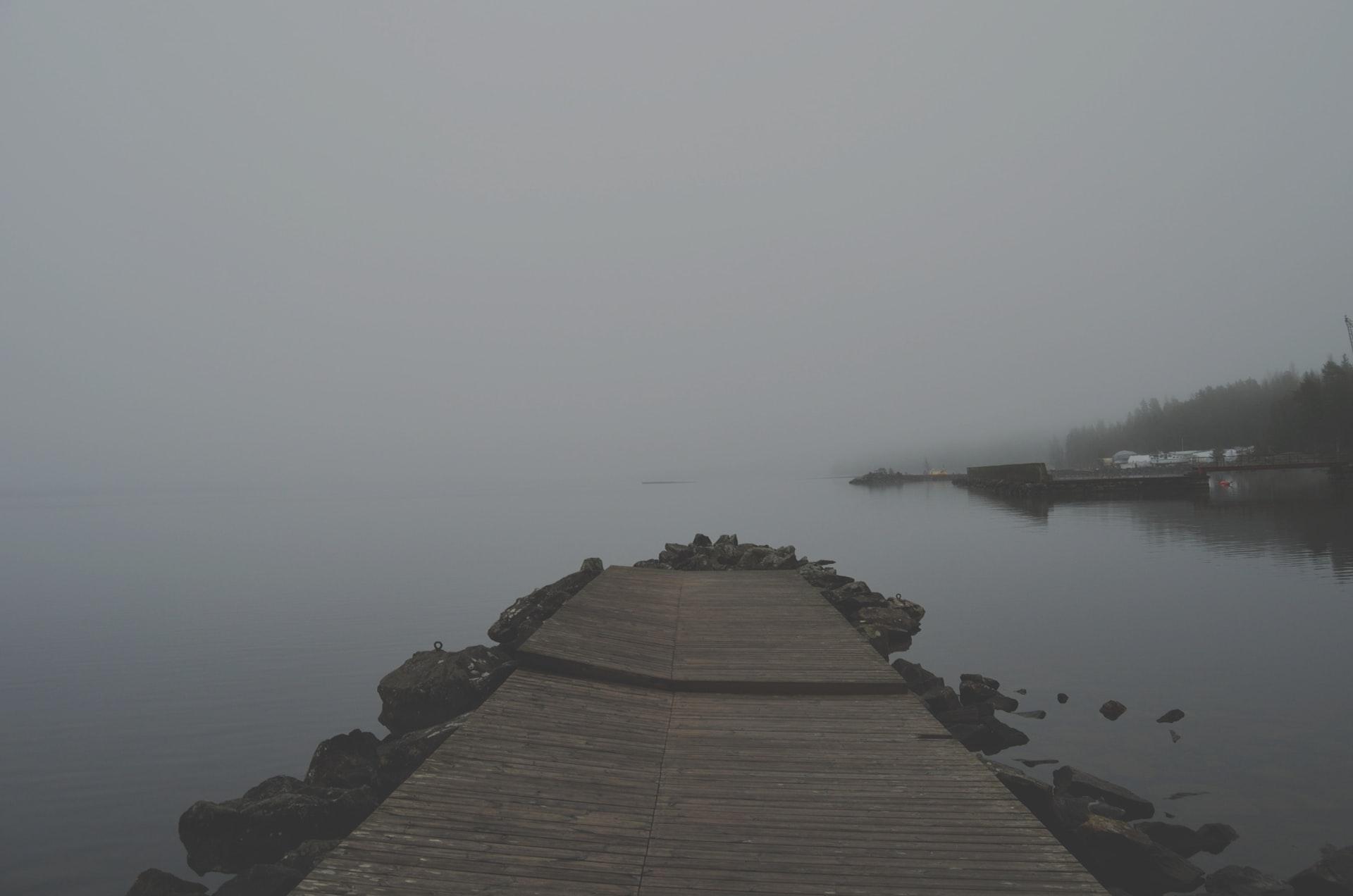 snackenglish, haze, bruma, calima, neblina, water, night, gray