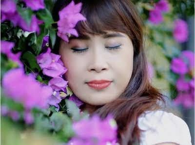 Nỗi buồn hoa giấy- Nhật Quang