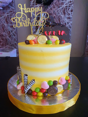 Tall Cake Cirebon, Birthday Cake Cirebon, Custom Cake Cirebon, Kue Ulang Tahun Cirebon, Bakery Cirebon