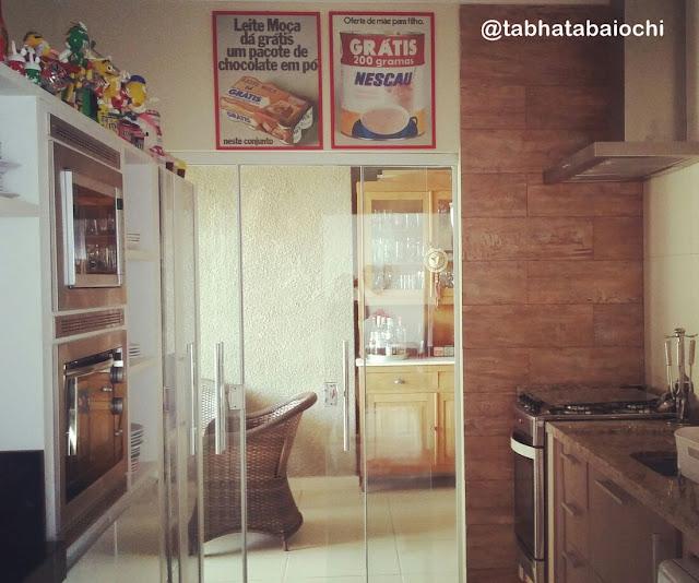 cozinha-moderna-com-decoração-retro