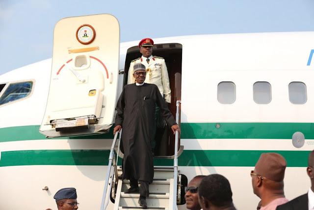 Buhari returns to Nigeria from Niger republic