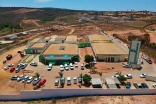 Rui inaugura Hospital do Câncer de Caetité