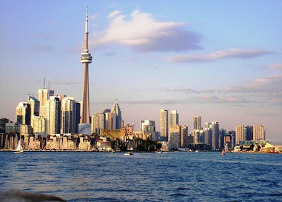 The Most Important Tourist Places in Canada Toronto