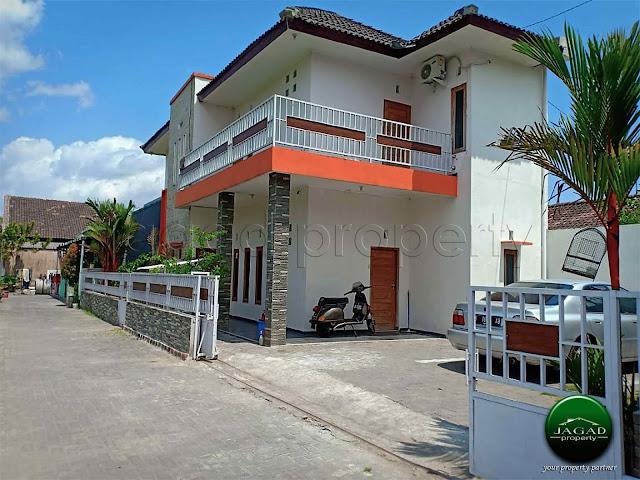Rumah di jalan Wonosari Km 7 dekat Kota