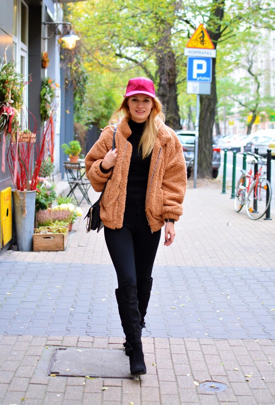 sztuczne, futro, czapeczka, jesień, zima, blog, blogerka, must have, stylizacja, poznań