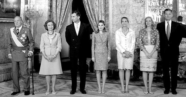 El periodista Manuel Rico incendia las redes con un comentario sobre la Familia Real