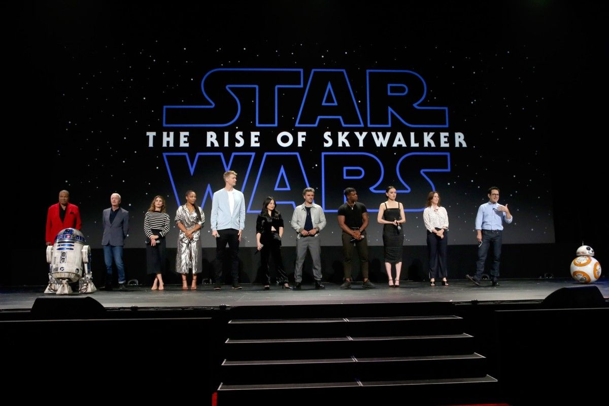 The Star Wars Underworld The Cast Of The Rise Of Skywalker Discuss The New Footage Rey And Kylo S Relationship And More