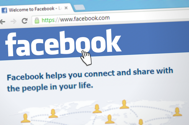 click facebook logo main page login